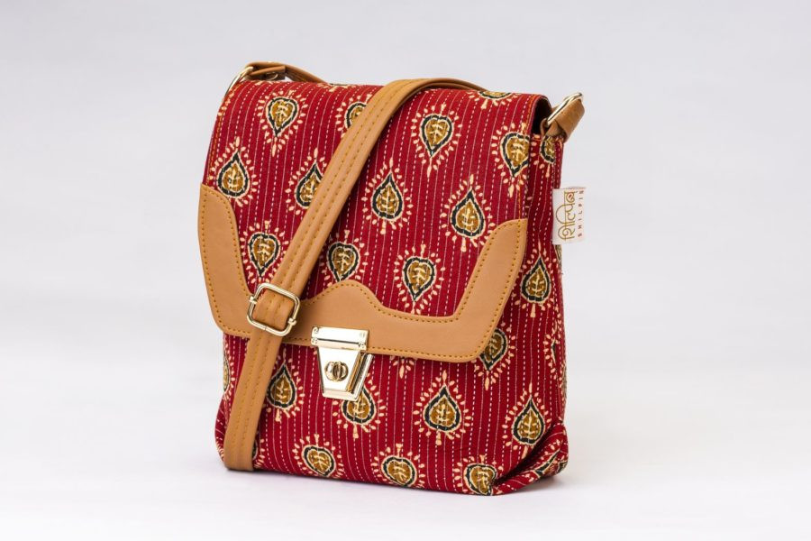 Red Spade Compact S Sling-1