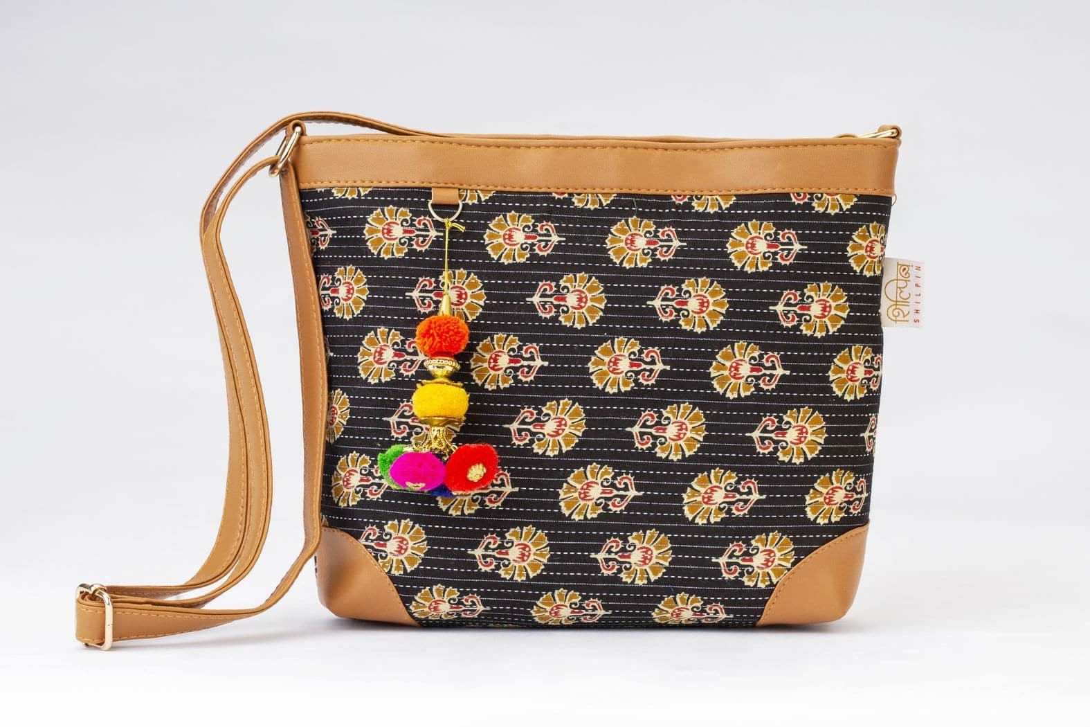 Black BeRe Marigold Double Chain Sling