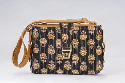 Black BeRe Marigold Capsule Sling Bag