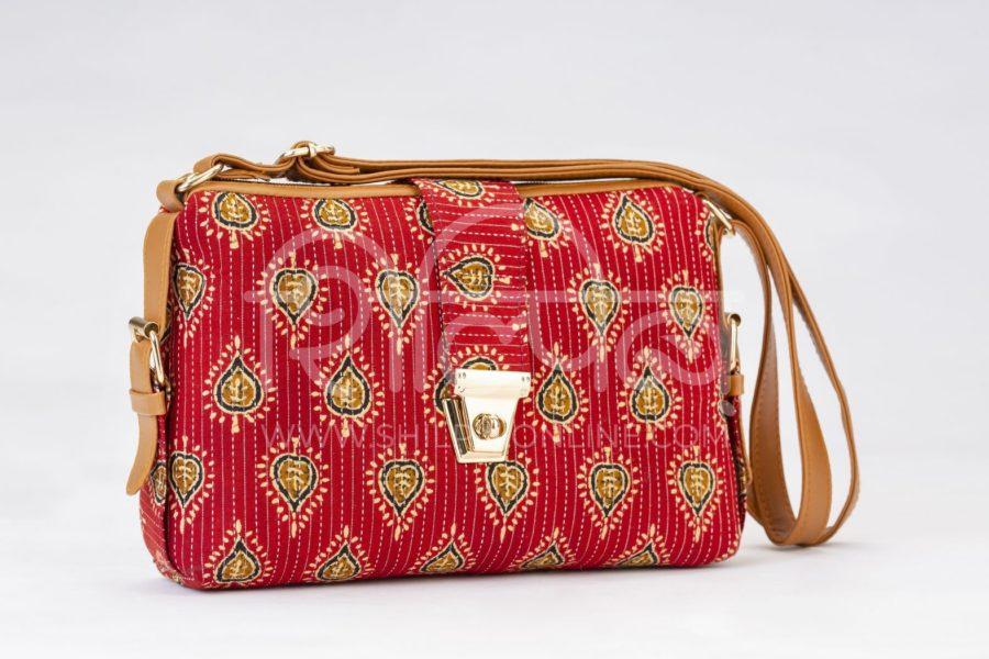 Red Spade Capsule Sling Bag2