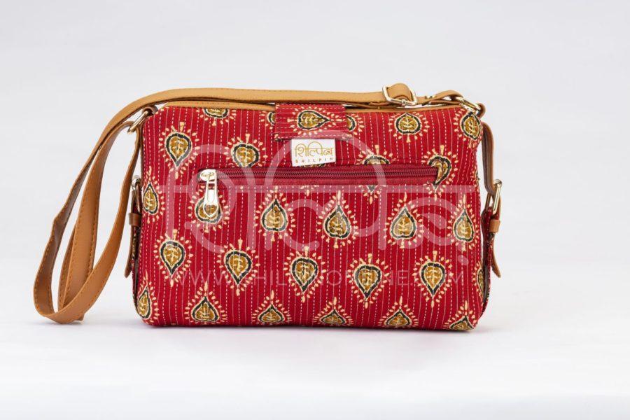 Red Spade Capsule Sling Bag3