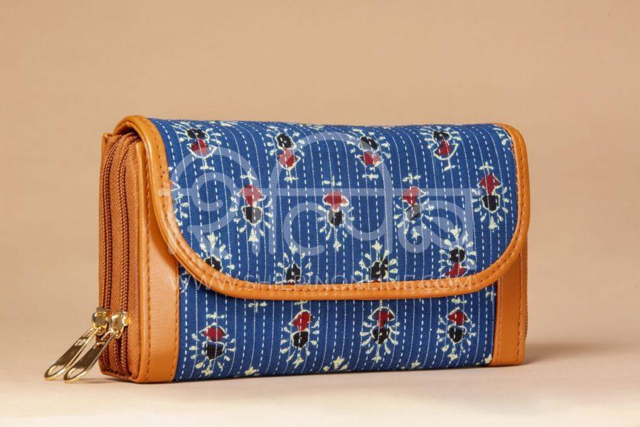 Blue Tribal Motif Double Zipped Wallet2
