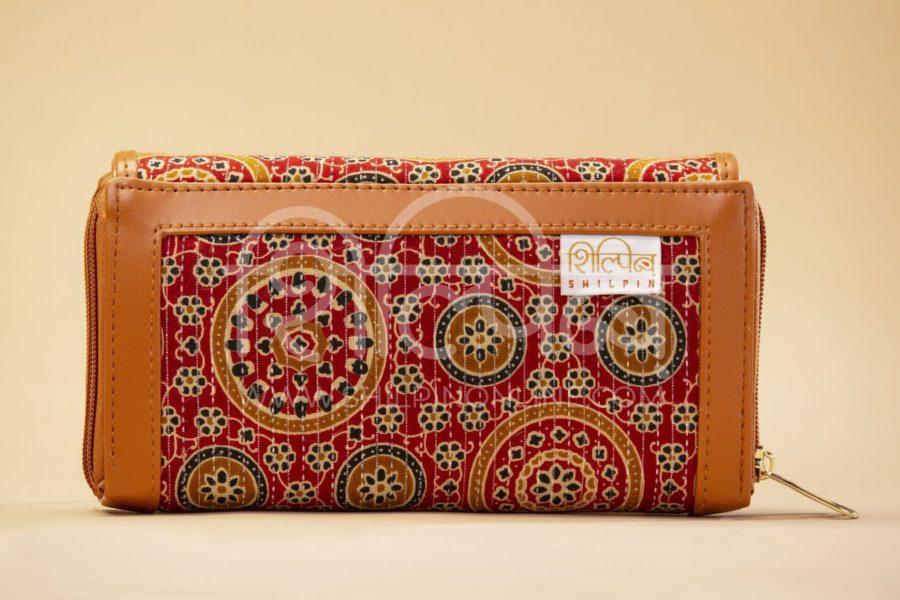 Red Mandala Motif Double Zipped Wallet3