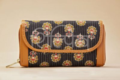Black BeRe Marigold Double Zipped Wallet
