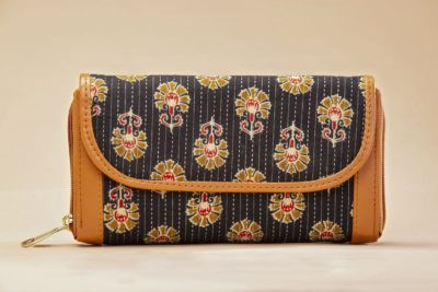 Black BeRe Marigold Double Zipped Wallet