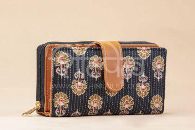 Black BeRe Marigold Flap Wallet