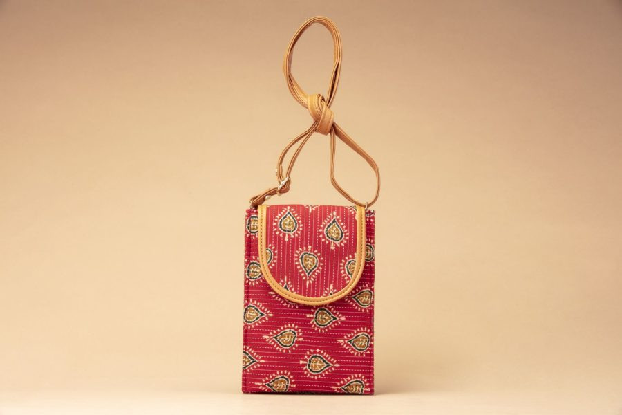 Red Spade Mobile Pouch
