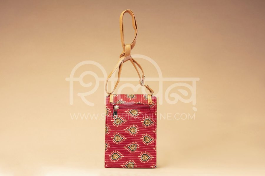 Red Spade Mobile Pouch2