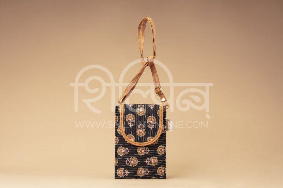Black BeRe Marigold Mobile Pouch
