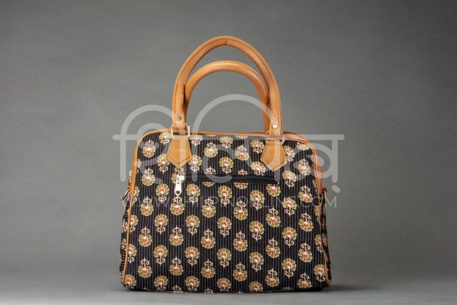 Black BeRe Marigold D Shoulder Bag2