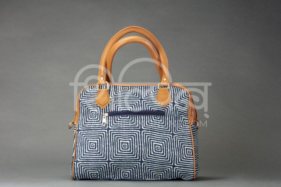 Indigo Square D Shoulder Bag2