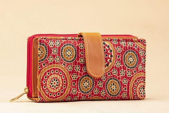 wallet-flap-1