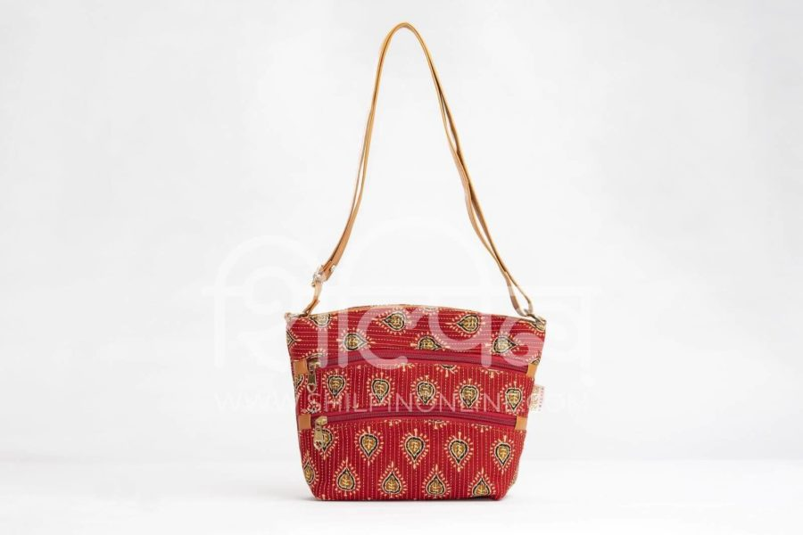 Red Spade Basket Sling