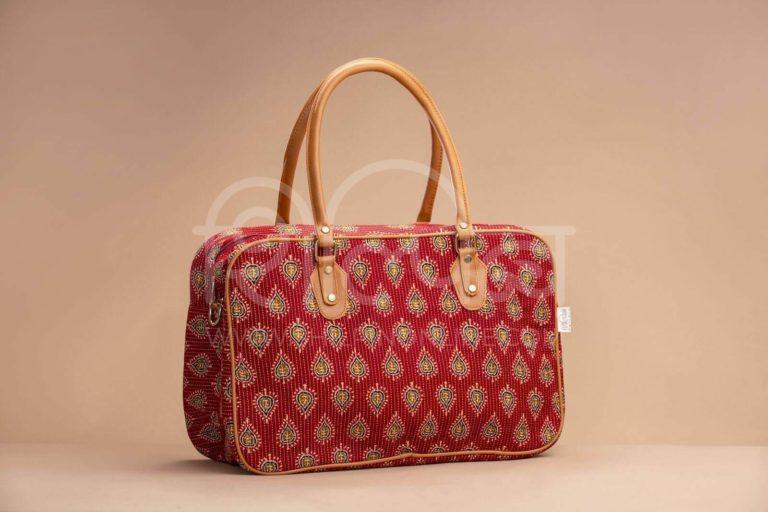 Red Spade Travel Bag 1