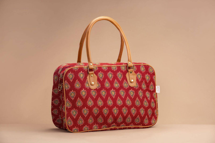 Red Spade Travel Bag-1