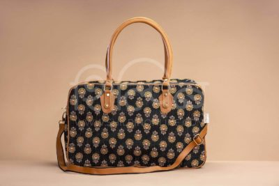 Black BeRe Marigold Travel Bag