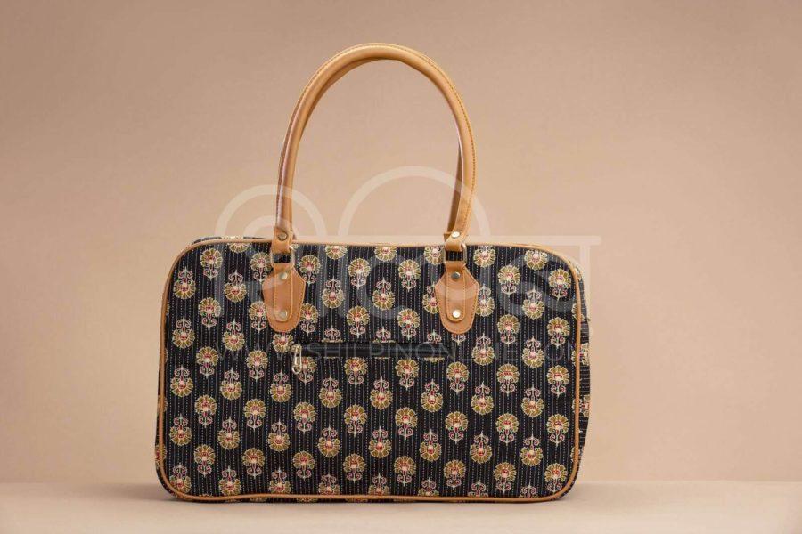 Black BeRe Marigold Travel Bag 2
