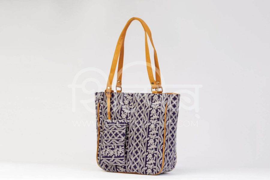 Lucknowi Stich Navy Carryall Bag2
