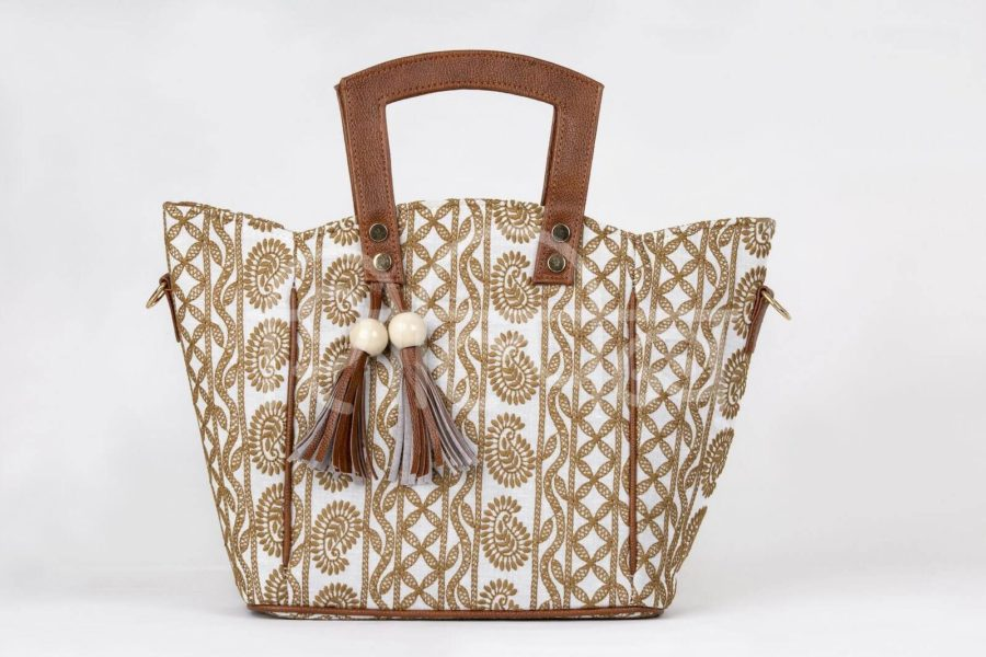 Lucknowi Stitch Ivory Base Shoulder Trapeze Bag
